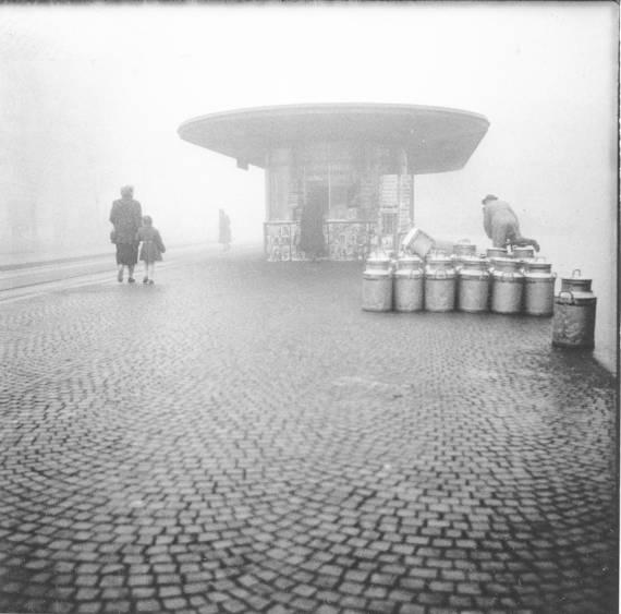 Breitenrainplatz an einem  Nebeltag. Fotograf Walter Studer