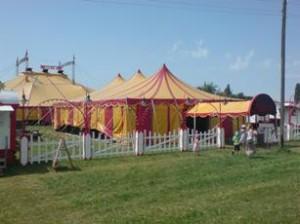 Circus Monti am Wyssthanweg in Schwarzenburg 2013