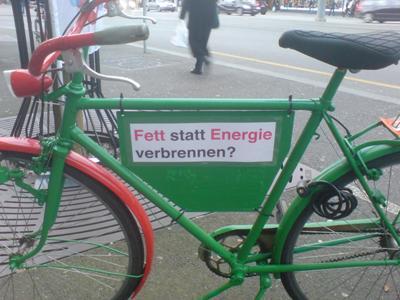 Fett statt Energie verbrennen - Veloreklame für die Grossratswahlen Bern 2014