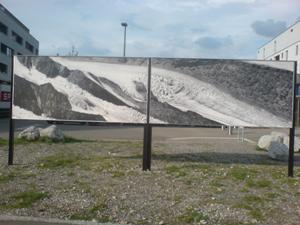 "Aaregletscher, ""Vom Grunde losgerissen"", Plakatwand Project Felix, Gregor Graf, 25. April  - 15. Juni 2014"