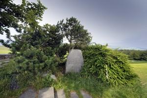 Belpberg Denkmal an J.F. Kennedy (der Bund, 17.7.09, Franziska Scheidegger)