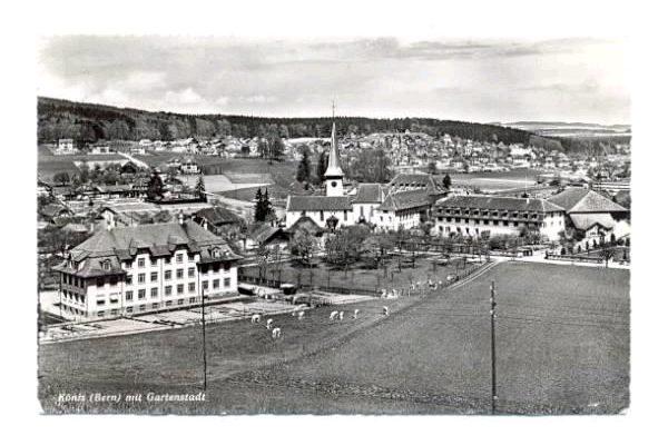Schulhaus und Kirche Köniz