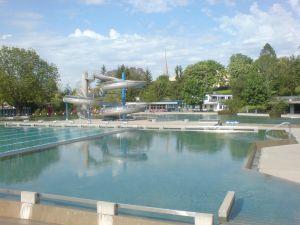 Nichtschwimmerbecken Schwimmbad Köniz