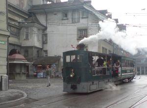 Das Dampftram unterwegs in Bern  am Tag des Denkmals 2013